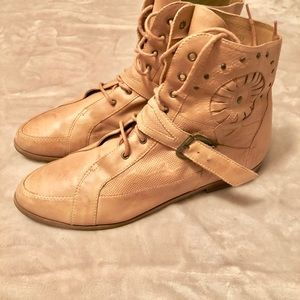 Vintage Lace up Ankle Boots